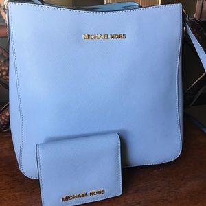 Michael Kors jet set bag and wallet